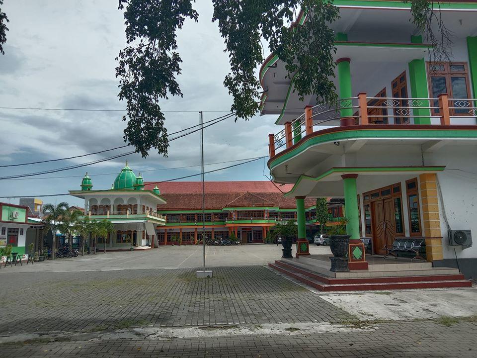 UPM Probolinggo berikan Subsidi  biayaSPP bagi mahasiswa